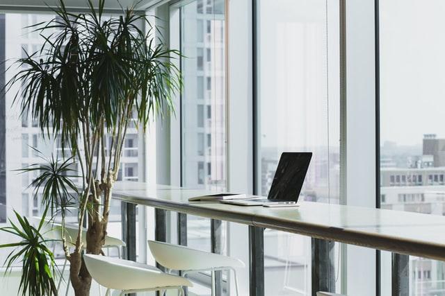 De inrichting van een nieuw kantoor organiseren